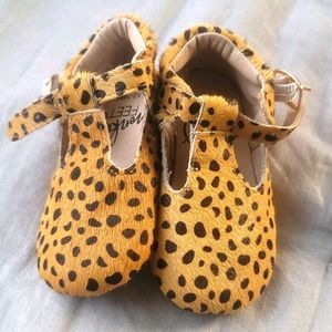 Monkey Feet NWOT Leather Baby Shoes 12-18 months